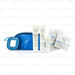 Joey New York - Total Perfecttion Skin Care Kit: Masque 41.4ml + Cleanser and  Scrub 38ml + Bye Bye Blackheads 10ml + 3x Cleansing Wipes + Bag