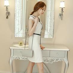 Bornite - Contrast Trim Cap-Sleeve Sheath Dress with Belt