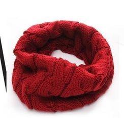 Nirvana Nation - Cable Knit Circle Scarf