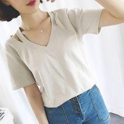 HazyDazy - Short-Sleeve Cutout V-Neck T-Shirt