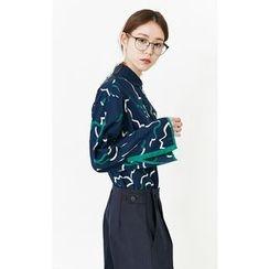 Someday, if - Peter Pan-Collar Pattern Shirt
