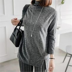 JOAMOM - Mock-Neck Slit-Side T-Shirt