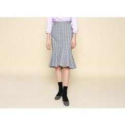 Envy Look - Ruffle-Hem Check Skirt