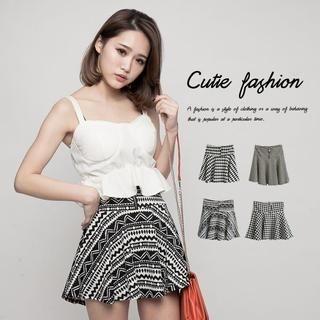 CUTIE FASHION - Patterned Mini Skirt