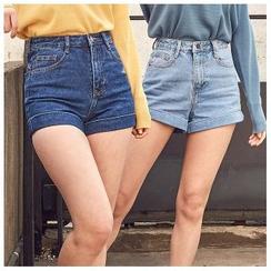 chuu - Cuff-Hem Washed Denim Shorts