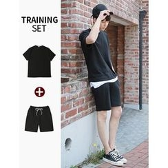 STYLEMAN - Set: Round-Neck Short-Sleeve T-Shirt + Drawstring-Waist Sweat Shorts