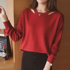 Cocofield - Cut Out Shoulder Sweater