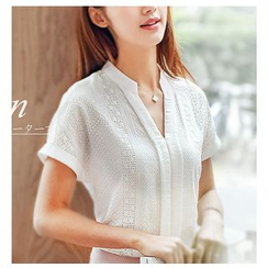 Fumoya - V-Neck Short-Sleeve Blouse