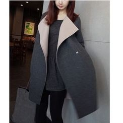 OTTI - Two-tone Knit Coat