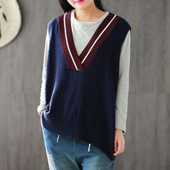 Ranche - Contrast Trim V-Neck Knit Vest