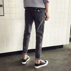 JUN.LEE - Embroidered Slim-Fit Jeans