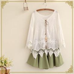 布衣天使 - 七分袖蕾絲拼接上衣