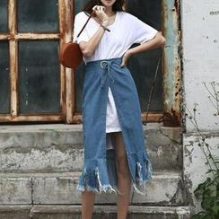 Jolly Club - Set: Long T-Shirt + Tie-Waist Denim Skirt
