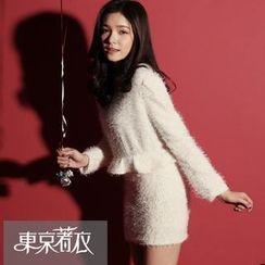 Tokyo Fashion - Set: Peplum Furry Sweater + Furry Miniskirt