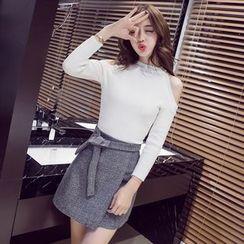 Clospace - Set: Cold Shoulder Long-Sleeve Knit Top + A-Line Skirt