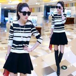 Zella - Set: Long Sleeve Top + A-Line Mini Skirt