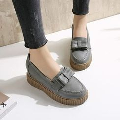 Piede - Hidden Wedge Platform Bow Accent Loafers
