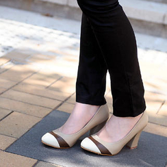 59th Street - Contrast Color Pumps