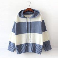 Jolly Club - Striped Sweater