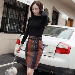 Romantica - 套裝: 長袖針織上衣 + 條紋短裙