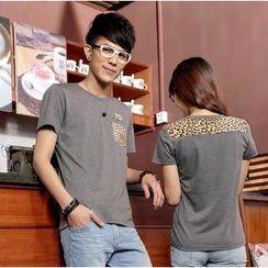 Porspor - Leopard-Print Panel Couple T-Shirt