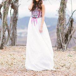 Dream a Dream - Sleeveless Pattern Chiffon Dress
