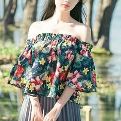 Jolly Club - Off-Shoulder Floral Top