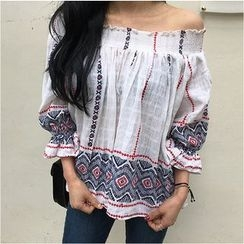 trendedge - Patterned Off-shoulder Top