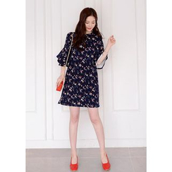 DEEPNY - Frilled 3/4-Sleeve Shift Dress