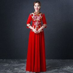 Royal Style - Embroidered 3/4-Sleeve Wedding Cheongsam