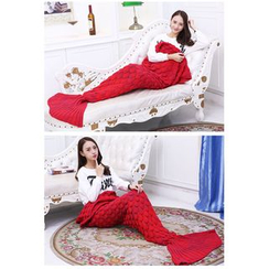 Blue Tune - Mermaid Knit Blanket