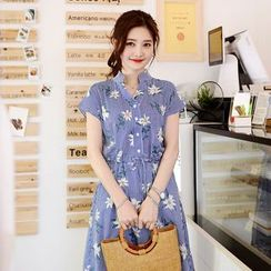 DEEPNY - Short-Sleeve Floral Print Shirtdress