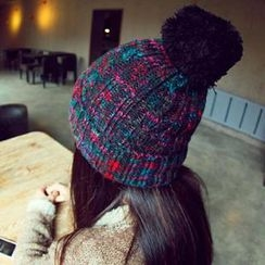 Lose Show - Pompom-Accent Cable-Knit Beanie