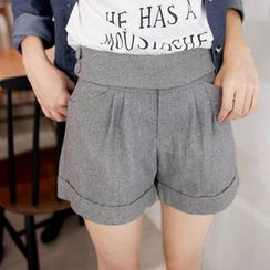 Tokyo Fashion - Buttoned-Side Cuffed Tweed Shorts