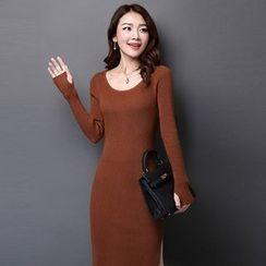 Pecora - Plain Side Slit Long Sleeve Midi Knit Dress