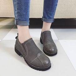 MISSEY - 飾縫線樂福鞋