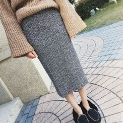 MUOVE - Knitted Midi Skirt