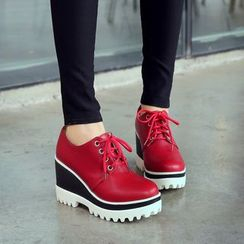 Pretty in Boots - Platform Wedge Lace Ups