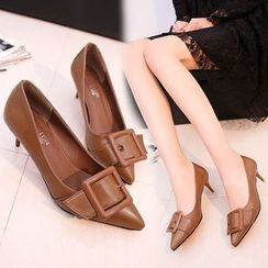 Yoflap - Buckled Pumps