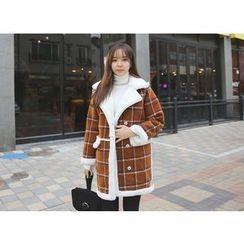 Envy Look - Faux-Fur Lined Check Coat