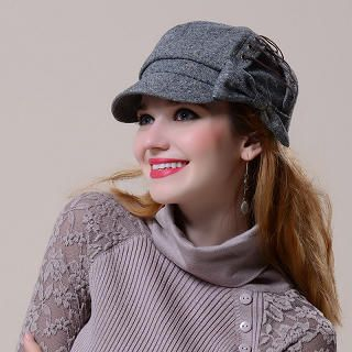 Momiton - Lace-Up Bow-Accent Newsboy Cap
