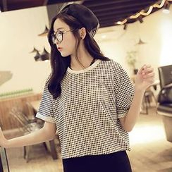 QZ Lady - Short-Sleeve Houndstooth Cropped Top