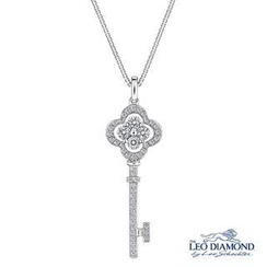 Leo Diamond - Preface To Love Collection - 18K White Gold Diamond Key To My Heart in Clover-Shaped Pendant Necklace (16')