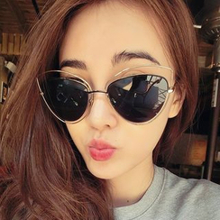 Biu Style - Cat-Eye Sunglasses