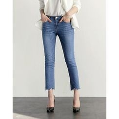 UPTOWNHOLIC - Washed Cropped Jeans