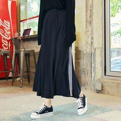 HOTPING - Band-Waist Contrast-Trim Midi Skirt