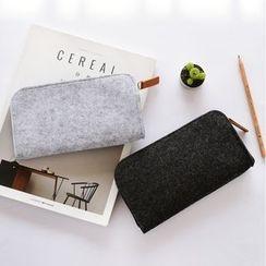 Show Home - Woolen Pencil Case