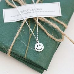 Love Generation - Face Smile Necklace