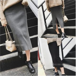 KAKAGA - Knit Midi Skirt