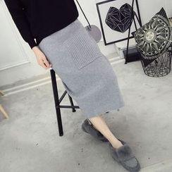 YAMI - Midi Knit Skirt